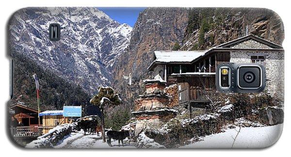 Galaxy S5 Case featuring the photograph Himalayan Mountain Village by Aidan Moran