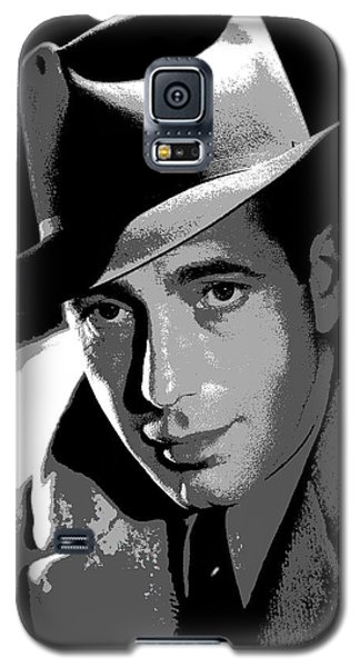 Galaxy S5 Case featuring the mixed media Humphrey Bogart by Charles Shoup