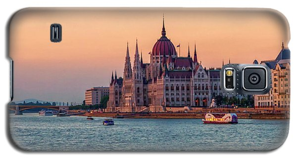 Hungarian Parliament Building In Budapest, Hungary Galaxy S5 Case by Elenarts - Elena Duvernay photo
