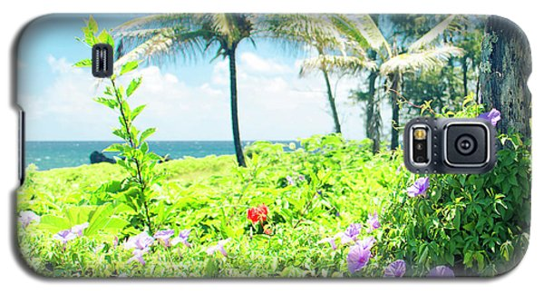Galaxy S5 Case featuring the photograph Ipomoea Keanae Morning Glory Maui Hawaii by Sharon Mau