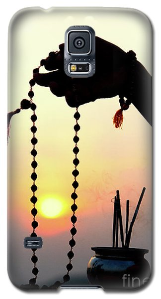 Galaxy S5 Case featuring the photograph Japa by Tim Gainey