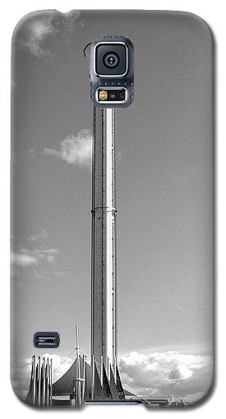 Jurassic Skyline Eye Tower  Galaxy S5 Case by Baggieoldboy
