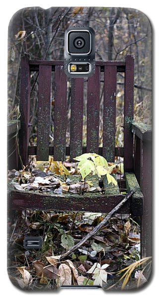 Galaxy S5 Case featuring the photograph Keven's Chair by Pat Purdy