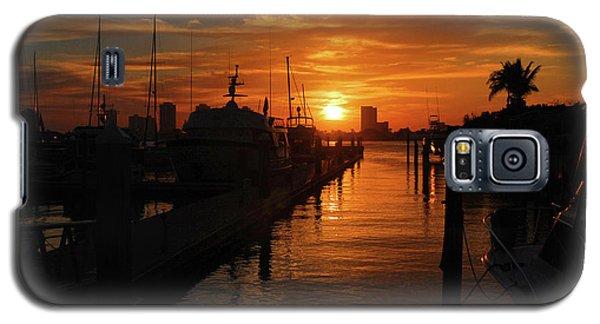 Galaxy S5 Case featuring the photograph 1- Lake Park Marina by Joseph Keane