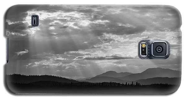 Galaxy S5 Case featuring the photograph Let's Get Lost by Yvette Van Teeffelen