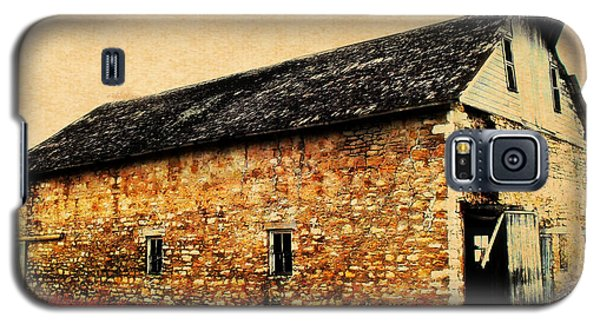 Lime Stone Barn Galaxy S5 Case