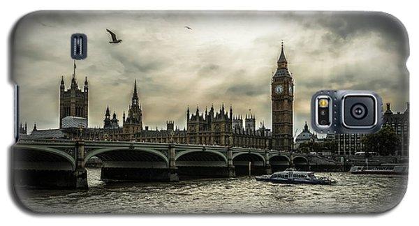 London Galaxy S5 Case by Jaroslaw Grudzinski