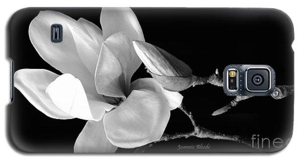 Magnolia In Monochrome Galaxy S5 Case