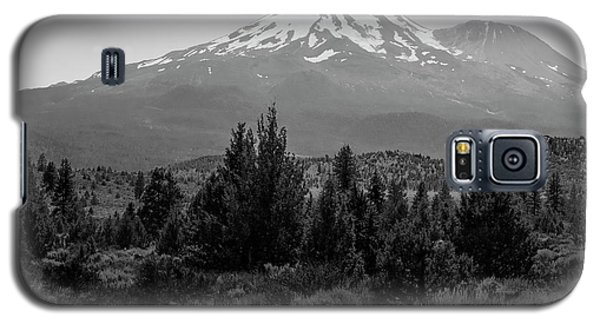 Galaxy S5 Case featuring the photograph Mount Shasta And Shastina by Frank Wilson