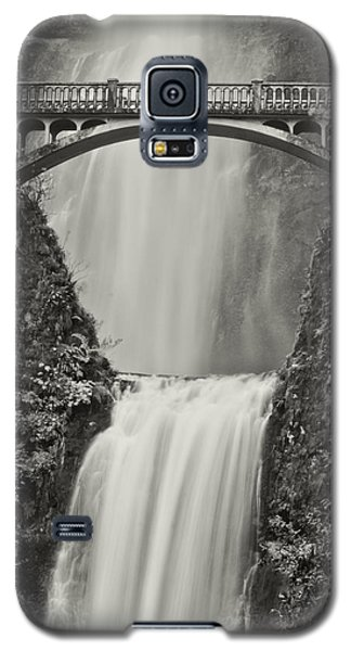 Multnomah Falls Upclose Galaxy S5 Case by Don Schwartz