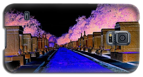 Galaxy S5 Case featuring the photograph New Orleans Cemetery by Janice Spivey