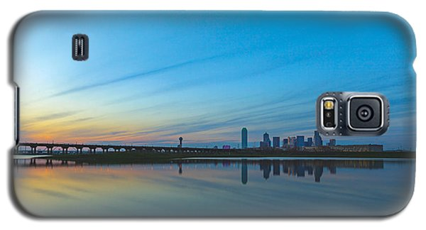 Night Begins Galaxy S5 Case