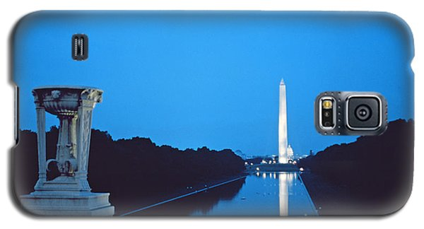 Night View Of The Washington Monument Across The National Mall Galaxy S5 Case