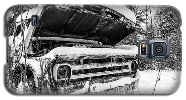 Galaxy S5 Case - Old Abandoned Pickup Truck In The Snow by Edward Fielding