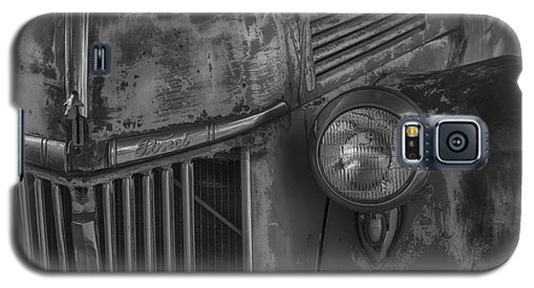 Old Ford Pickup Galaxy S5 Case by Garry Gay
