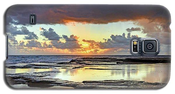 Overcast And Cloudy Sunrise Seascape Galaxy S5 Case