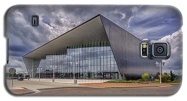 Galaxy S5 Case featuring the photograph Owensboro Kentucky Convention Center by Wendell Thompson