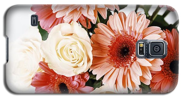 Pink Gerbera Daisy Flowers And White Roses Bouquet Galaxy S5 Case by Radu Bercan