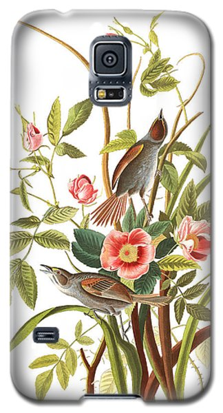 Galaxy S5 Case featuring the photograph Pink Roses by Munir Alawi
