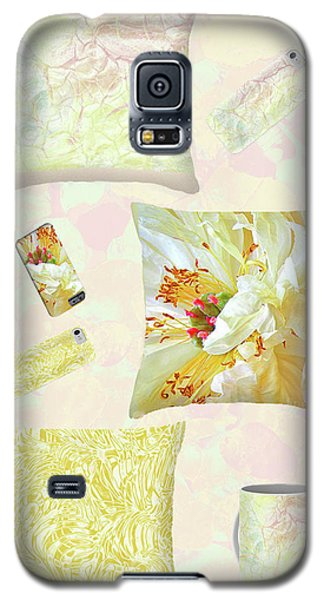 Galaxy S5 Case featuring the photograph Pinterest by Nareeta Martin