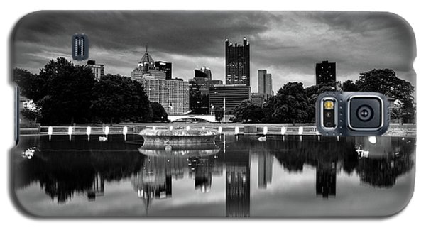 Pittsburgh  Reflections  Galaxy S5 Case by Emmanuel Panagiotakis