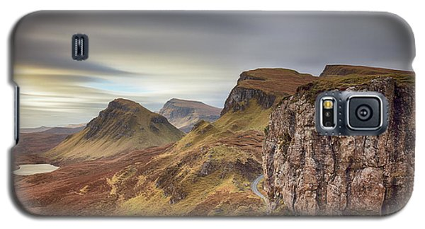 Galaxy S5 Case featuring the photograph Quiraing - Isle Of Skye by Grant Glendinning