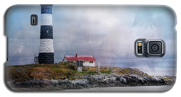 Lighthouse At Race Rocks Galaxy S5 Case