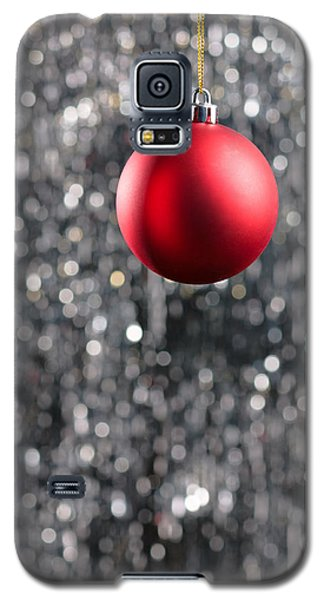 Galaxy S5 Case featuring the photograph Red Christmas by Ulrich Schade