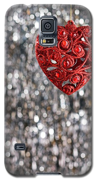 Galaxy S5 Case featuring the photograph Red Heart by Ulrich Schade
