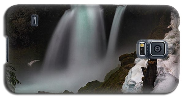 Galaxy S5 Case featuring the photograph Sahalie Falls by Cat Connor