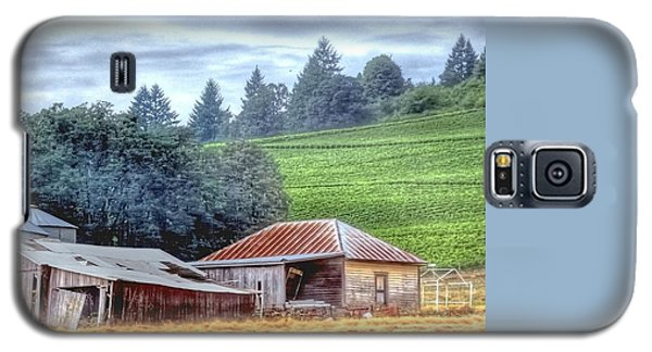 Shed And Grain Bins 17238 Galaxy S5 Case by Jerry Sodorff