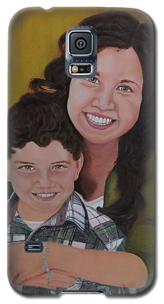 Galaxy S5 Case featuring the painting Siblings by Sharon Schultz
