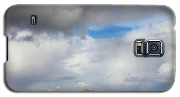 Galaxy S5 Case featuring the photograph Skyward by Laurie Search