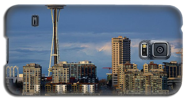 Galaxy S5 Case featuring the photograph Space Needle by Evgeny Vasenev