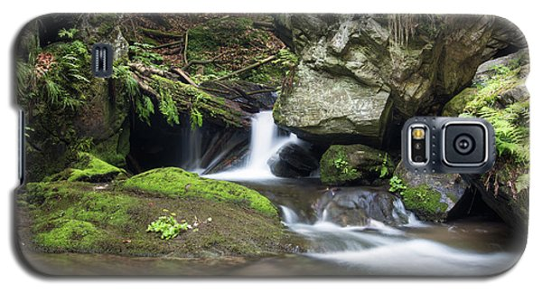 Galaxy S5 Case featuring the photograph Stone Guardian Of The Waterfalls - Bizarre Boulder On The Bank by Michal Boubin