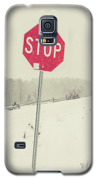 Galaxy S5 Case featuring the photograph Stop by Edward Fielding