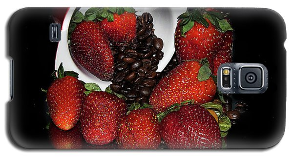 Galaxy S5 Case featuring the photograph Strawberry by Elvira Ladocki