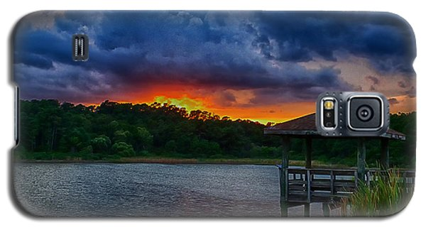 Galaxy S5 Case featuring the photograph Sunset Huntington Beach State Park by Bill Barber