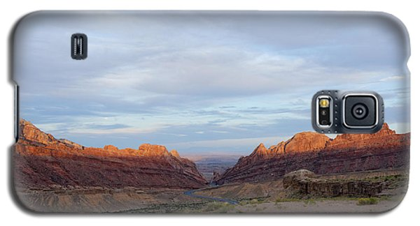 The Castles Near Green River Utah Galaxy S5 Case