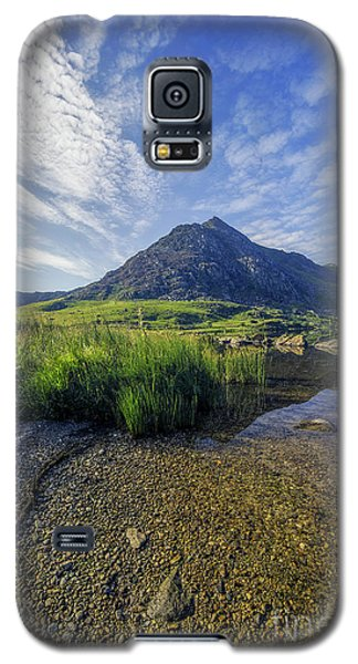 Galaxy S5 Case featuring the photograph Tryfan Mountain by Ian Mitchell