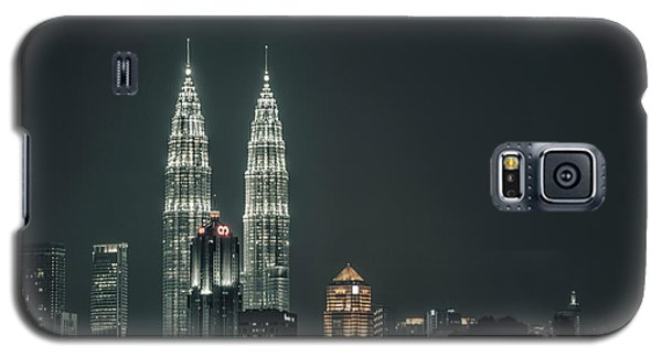 Galaxy S5 Case featuring the photograph Twin Towers by Charuhas Images