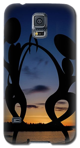 United In Celebration Sculpture At Sunset 5 Galaxy S5 Case by John McArthur