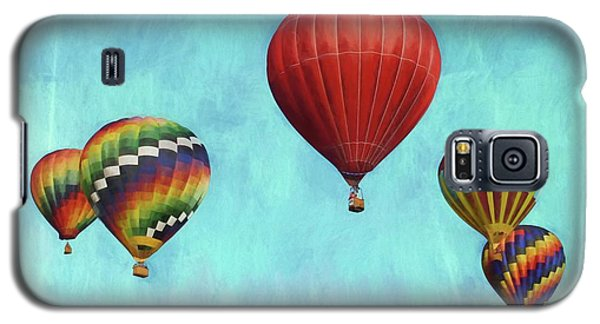 Galaxy S5 Case featuring the photograph Up Up And Away 2 by Benanne Stiens