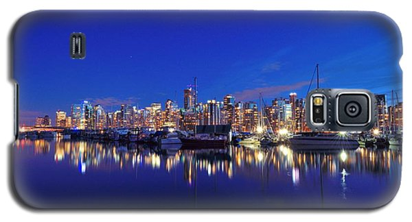 Galaxy S5 Case featuring the photograph Vancouver Skyline by Kathy King