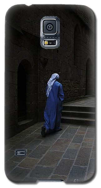 Walk Of Faith Galaxy S5 Case by Therese Alcorn