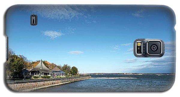 Waterside Restaurant Cafe In Famous Kaivopuisto Park Helsinki Fi Galaxy S5 Case