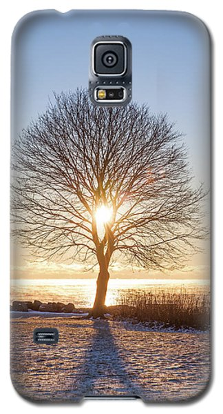 Galaxy S5 Case featuring the photograph Whaleback Sunrise by Robert Clifford
