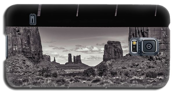 Window Into Monument Valley Galaxy S5 Case by Eduard Moldoveanu