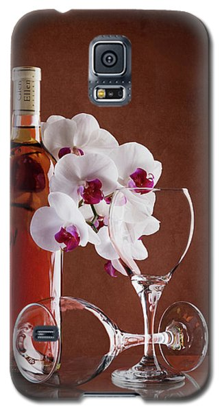 Orchid Galaxy S5 Case - Wine And Orchids Still Life by Tom Mc Nemar