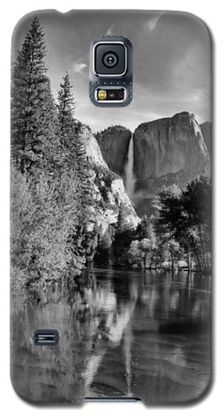 Galaxy S5 Case featuring the photograph Yosemite Falls Spring Reflections by Stephen  Vecchiotti